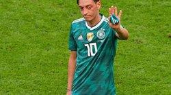 Mesut Ozil chia tay ĐT Đức?