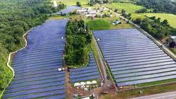 Độc lạ: Trang trại được vận hành bởi hàng nghìn pin Mặt Trời