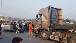 Vụ lùi xe trên cao tốc: Tiếp tục tạm giam tài xế container thêm 3 tháng