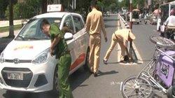 Tài xế taxi bỏ trốn, để mặc nạn nhân sau khi gây tai nạn
