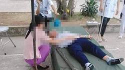 Học sinh lớp 6 bị cột nhảy cao đổ vào đầu, trọng thương trong giờ thể dục