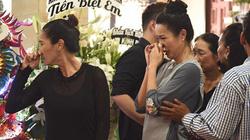 Sao Việt nghẹn nước mắt khóc thương viếng tang nghệ sĩ Anh Vũ