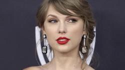 Taylor Swift quyên góp hơn 100.000USD ủng hộ cộng đồng LGBT