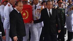 Ảnh, clip: Thủ tướng tiễn đưa Tướng Đồng Sỹ Nguyên về đất mẹ