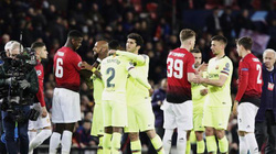 Hạ M.U tại Old Trafford, Barcelona lập chiến tích tại Champions League