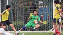 Những hình ảnh hấp dẫn lượt cuối vòng bảng giải bóng đá báo NTNN/Dân Việt