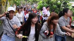 Bức xúc với đám đông hiếu kỳ, chen lấn, xin tiền ở những đám tang nghệ sĩ