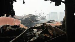 Ảnh, clip: Hiện trường nhà xưởng bị thiêu rụi trong vụ cháy 8 người chết, mất tích