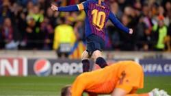 Clip: De Gea mắc sai lầm nghiệp dư, M.U nhận bàn thua cay đắng