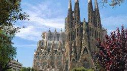 Nhà thờ Đức Bà Paris nằm trong top những nhà thờ đẹp nhất thế giới