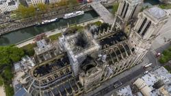 Nhà thờ Đức Bà Paris trơ khung, hư hại nghiêm trọng sau vụ cháy