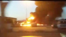 Máy bay Mỹ rơi xuống đường băng sau khi cất cánh, phi công tử nạn