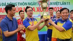 Đội bóng báo NTNN giành cúp vàng sau loạt sút penalty cân não
