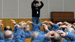 """Bất ngờ với xu hướng """"thích"""" vào ở tù ở Hàn Quốc"""