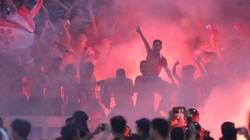 Pháo sáng đã đốt bao nhiêu tiền của các CLB ở V.League?