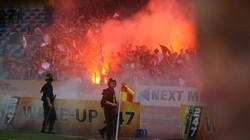 CHÍNH THỨC: Hà Nội FC nhận án phạt vì để CĐV Hải Phòng đốt pháo sáng