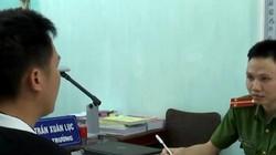 Thầy giáo bị tố làm nữ sinh mang bầu im lặng đến khi công an tạm giữ