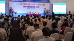 """Ông Dương Công Minh: """"Hơn 91 nghìn tỷ không sinh lời, Sacombank không thể chia cổ tức"""""""