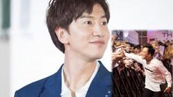 """Hàng nghìn fan chào đón """"thằng em lý tưởng"""" Lee Kwang Soo đến Việt Nam"""