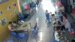 Hé lộ 'sốc' lý do cô giáo mầm non đánh liên tiếp vào đầu bé trai