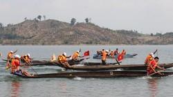 Độc đáo lễ hội đua thuyền độc mộc trên dòng Pô Kô