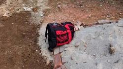 Gia đình giáo viên trả lại ba lô chứa tiền của người đánh rơi