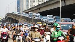 ẢNH: Người dân ồ ạt kéo về thủ đô sau nghỉ lễ kéo dài 5 ngày