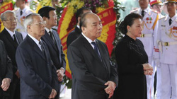 ẢNH: Lãnh đạo Đảng, Nhà nước viếng nguyên Chủ tịch nước Lê Đức Anh