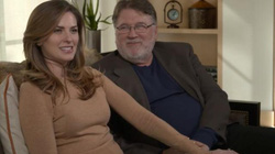 Mỹ: 14 năm tưởng tìm được cha đẻ, người phụ nữ xinh đẹp sốc khi nhận kết quả ADN