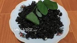 Thứ rau rừng xào trứng đen sì- đặc sản xứ Mường cuốn hút du khách