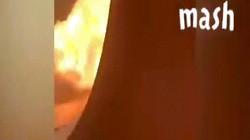 Video: Hành khách ngồi trong máy bay Nga quay cảnh bốc cháy ngùn ngụt