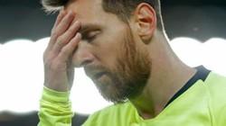 """Messi bật khóc nức nở, phòng thay đồ Barca buồn """"như đưa đám"""""""