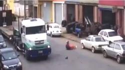 Video: Pha thoát chết thần kỳ khó lý giải của tài xế