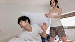 """Sững sờ với hành động của vợ khi đang """"khởi động"""" yêu đương"""