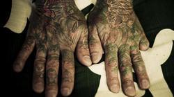 Vì sao nhiều thành viên băng đảng yakuza có bàn tay thiếu ngón?