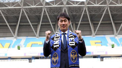HLV mới của Công Phượng tại Incheon United có gì đặc biệt?