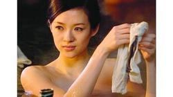 """Sắc đẹp ma mị của 3 mỹ nhân gắn với """"ông hoàng cảnh nóng"""" Hồng Kông"""