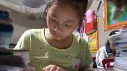 Clip: Ước mơ thành bác sĩ của cô bé gom rác ở Ninh Bình