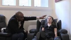"""Cô gái phải sử dụng liệu pháp thôi miên để chữa """"căn bệnh Michael Jackson"""""""