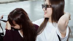 Fan khóc chia tay Hương Tràm ở sân bay trước giờ lên đường sang Mỹ