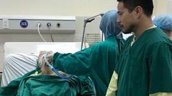 Phải thở bằng máy, mẹ ung thư giai đoạn cuối khao khát được gặp con