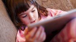 Làm 6 điều này, cha mẹ đưa điện thoại, iPad trẻ cũng không đoái hoài