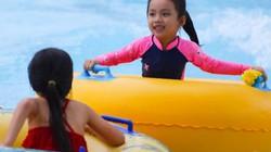 Ảnh: 1/6 mát mẻ, nhiều gia đình vui Tết thiếu nhi ở công viên nước Hồ Tây