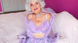 """Cụ bà 90 tuổi trẻ trung nhờ """"hồn nhiên như cô tiên"""""""