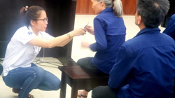 """Xét xử Vũ """"nhôm"""": Bị cáo Xuyến phải chăm sóc sức khỏe tại Tòa"""