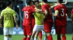 ĐT Thái Lan buồn như đưa đám sau trận thua ĐT Việt Nam