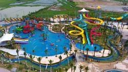 Flycam: Toàn cảnh công viên nước khổng lồ hiện đại nhất Thủ đô