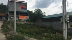 Nghệ An: Cán bộ xã, huyện được mua đất tái định cư của dân thế nào?