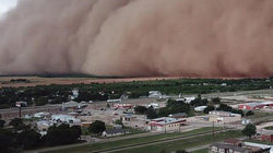 """Bão cát khổng lồ như trong phim viễn tưởng """"nuốt chửng"""" cả thị trấn"""
