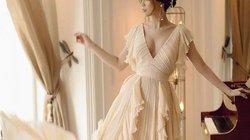 Top đẹp tuần: Sam hóa nữ thần nhờ váy xếp nếp khoét sâu